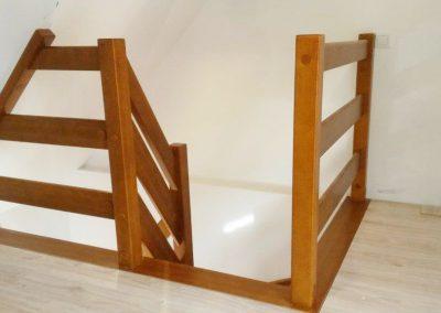 Poręcze i balustrady drewniane